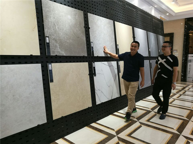"""老牛说丨这个新品牌要激活600""""老""""经销商!把现代砖卖到3万人口的小镇(刘配 图)3930.jpg"""