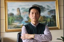 黄灯塔希望云南近30家特地专卖店全部改造,他说:负离子瓷砖销量会倍增