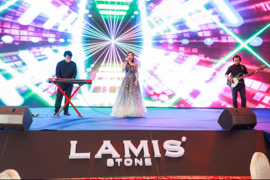 岩·领饰界——LAMIS® STONE(拉米斯岩板)全球招商峰会隆重举行(3)(2)(1)2396.jpg