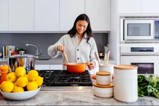 超赞的10套案例告诉你,2020年厨房就该这样装!384.jpg