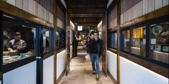 《梦想改造家6》 老菜场变身网红市集,恒洁让传统重焕生机697.jpg
