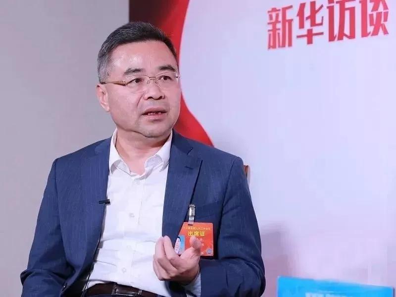 唯美集团董事长黄建平:两会上再为陶瓷行业发展建言献策