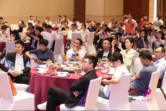 【现场直击】15个镜头中的佛山陶博会,记录每一个精彩瞬间!2225.jpg
