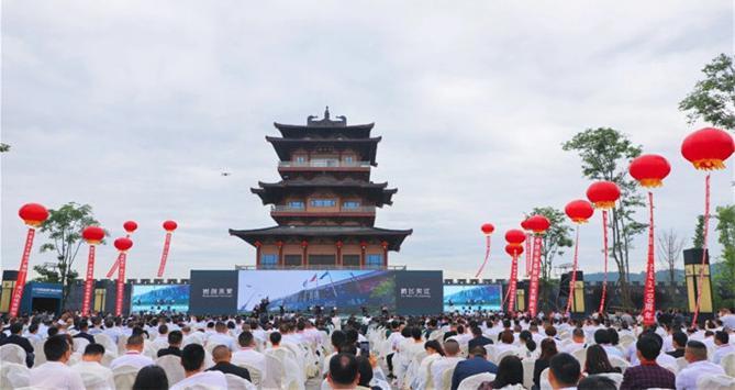 第八届中国西部瓷都陶瓷交易博览会圆满成功!