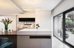 梦想改造家 | 改造节能环保新卫浴,独居老人的贴心首选